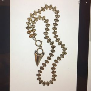 ISO DYLANLEX Layla Necklace